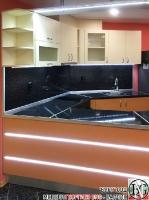 K013 - Разчупена кухня с барплот, Слонова кост, Оранж пастел_14