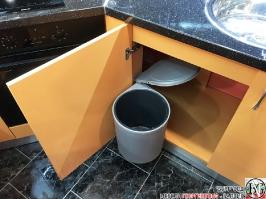 K013 - Разчупена кухня с барплот, Слонова кост, Оранж пастел_18