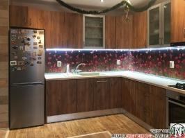 K016 - Кухня: Light Tivoli, Tobacco craft oak, Принт цветя