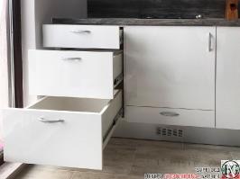 K001 - Кухня: Бял лак, Дъб джаксън_5