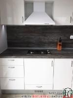 K001 - Кухня: Бял лак, Дъб джаксън