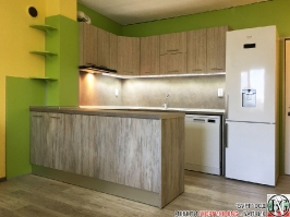 K005 - Кухня: Dark Astwood, Зелен пастел, F049 и PS54_1