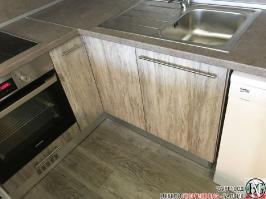 K005 - Кухня: Dark Astwood, Зелен пастел, F049 и PS54_4
