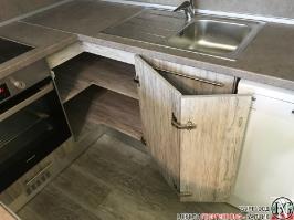 K005 - Кухня: Dark Astwood, Зелен пастел, F049 и PS54_5