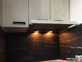 K011 - Кухня: White Coastland Oak, Мрамор лаурент и гранит Black Cosmos_10